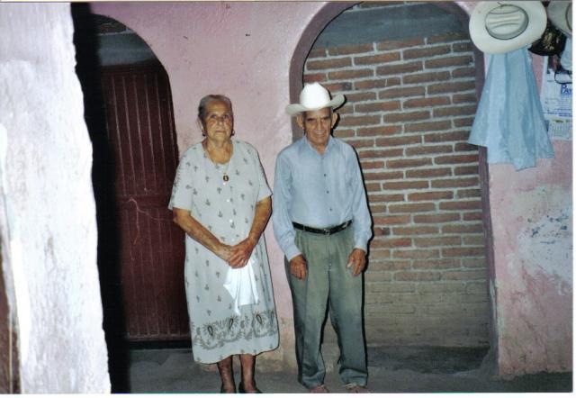 Sr Y Sra Cazares Elenes Badiraguato